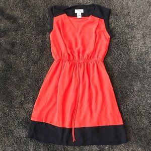 8. Sweet storm navy red dress